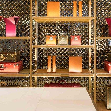 d3caaf5ad5a0 Louis Vuitton